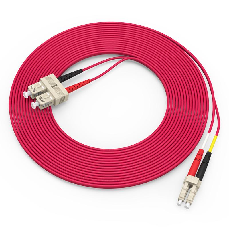 胜为(shengwei)电信级铠装光纤跳线 LC-SC多模双芯3/5/10米  FMCK-2030/2050/2100